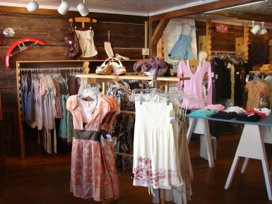 womens clothes store
